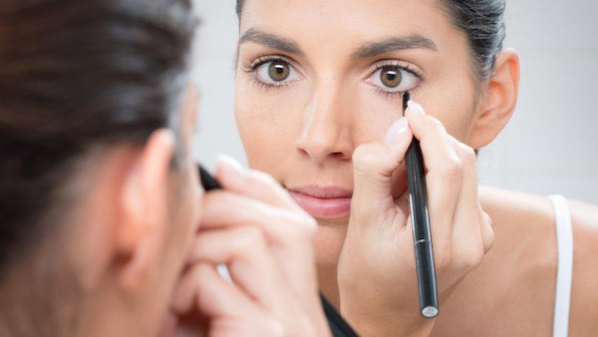 Best Upside Down Eyeliner Trends In 2018